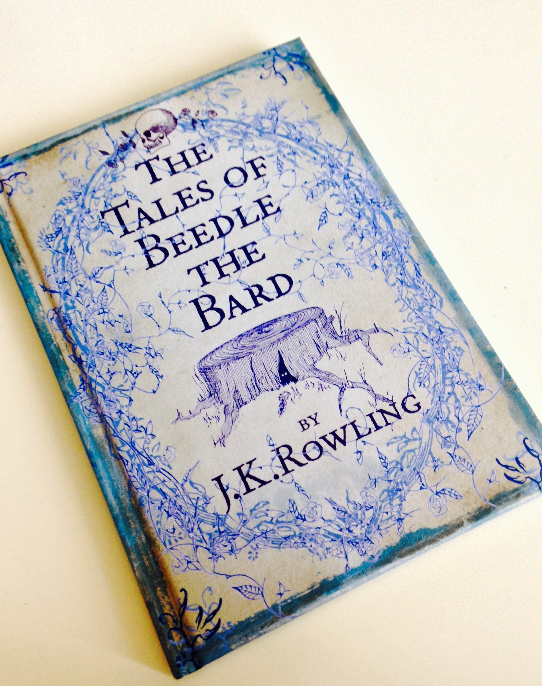 the tales of beedle the bard Harry potter - tales of beedle the bard harry potter information from xeniteorg overview jkrowling wrote five stories for tales of beedle the bard, which was mentioned in harry potter and the deathly hallowsone of the five stories, the warlock's hairy heart, is not mentioned in harry potter and the deathly hallows three others, the wizard and the hopping pot, the fountain of fair.